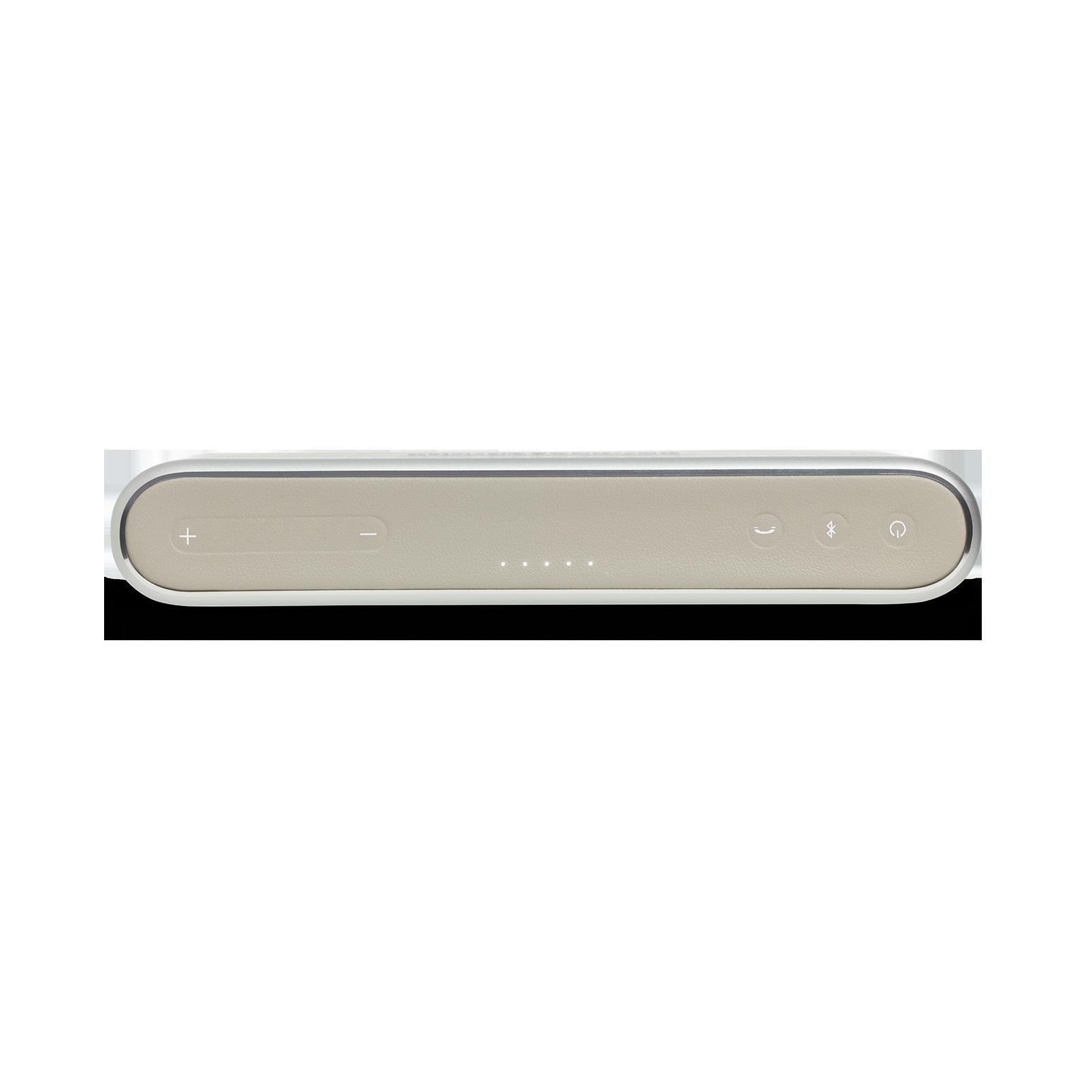 Traveler - Silver - All-in-one travel speaker - Detailshot 2